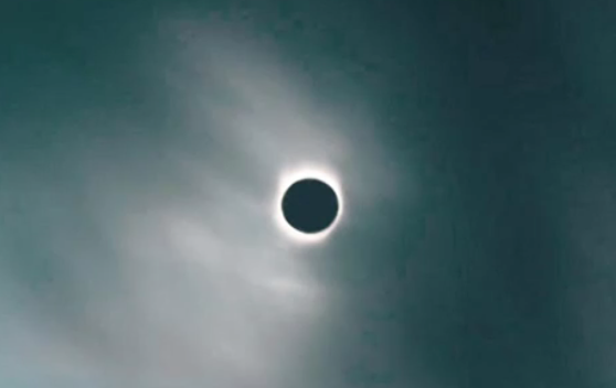 Eclipse from lunar tetrad post
